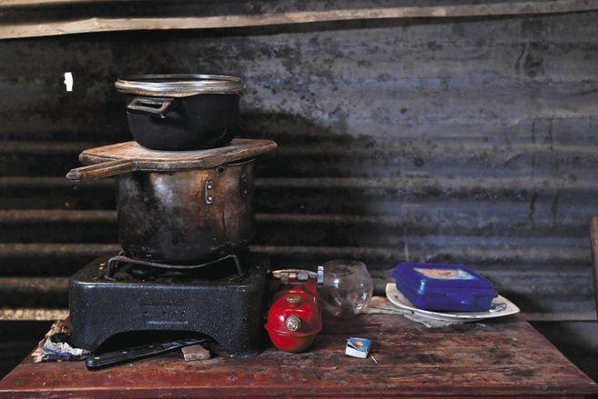 ¿Cuáles son las implicaciones del crecimiento de la pobreza en Colombia?