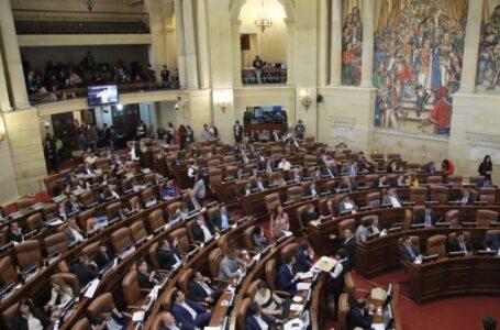 En 50 años en Colombia van casi 30 reformas tributarias