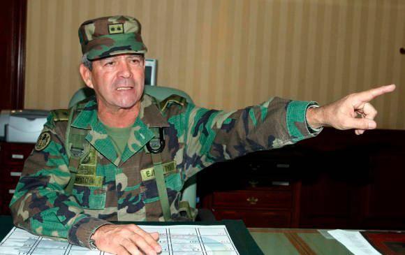General (r) Mario Montoya pidió quedarse únicamente en la JEP